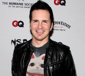 Hal Sparks Married, Wife, Gay, Salary, Girlfriend, Dating, Bio, Interview, Net Worth